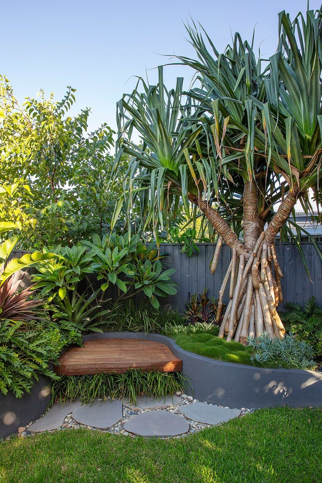 16 Beautiful Tropical Landscape Designs For Your Perfect Garden