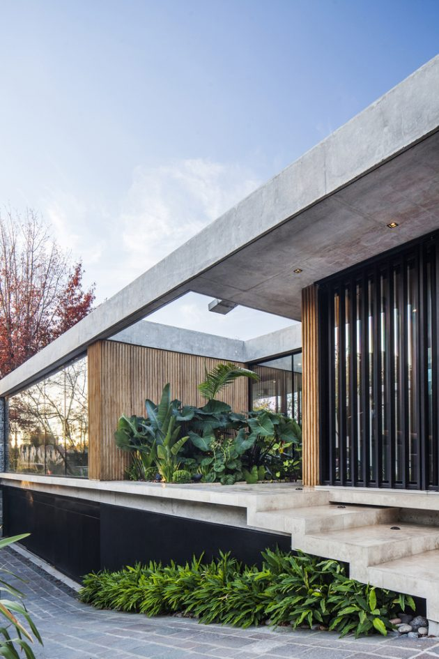 BT House by Estudio Jorgelina Tortorici in Adrogue, Argentina