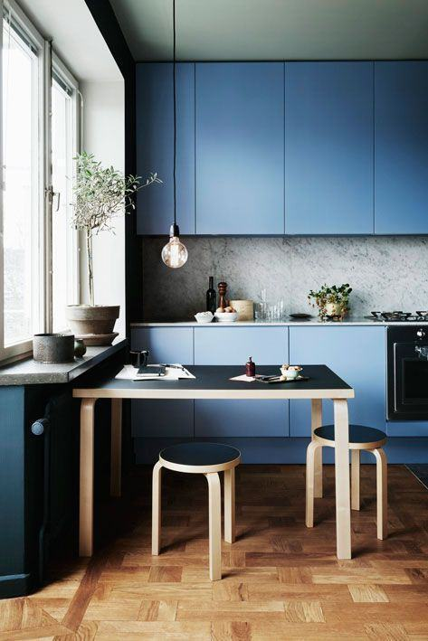 9 Blue Kitchen Inspirations For a Calming Effect in Your Space