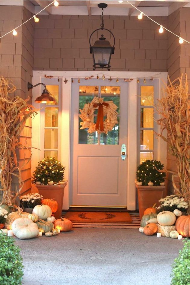 9 Elegant Ways to Style Your Porch for this Autumn