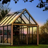 How to Keep Gardening Year-Round With a Greenhouse