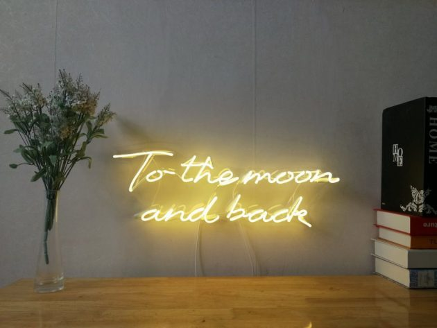 10 Neon Sign Designs To Light Up Your Everyday Life