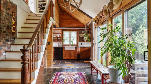 15 Dashing Eclectic Hallway Designs That Will Thrill You With Creativity