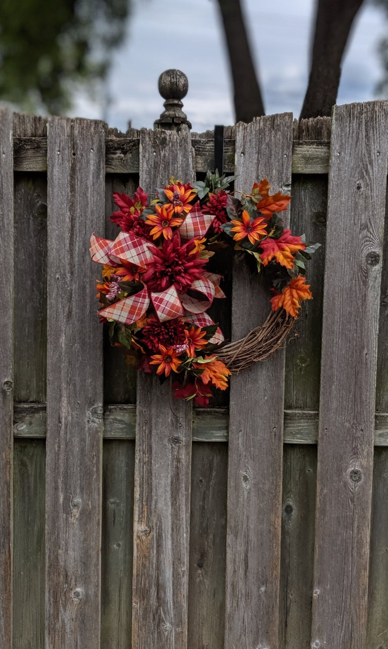15 Vibrant Handmade Fall Wreath Designs Your Front Door Needs