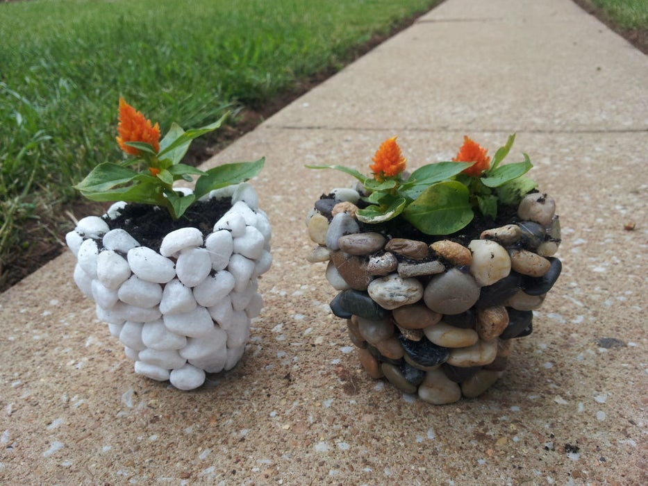 16 Creative DIY Stone Crafts That Are Perfect For The Fall Season