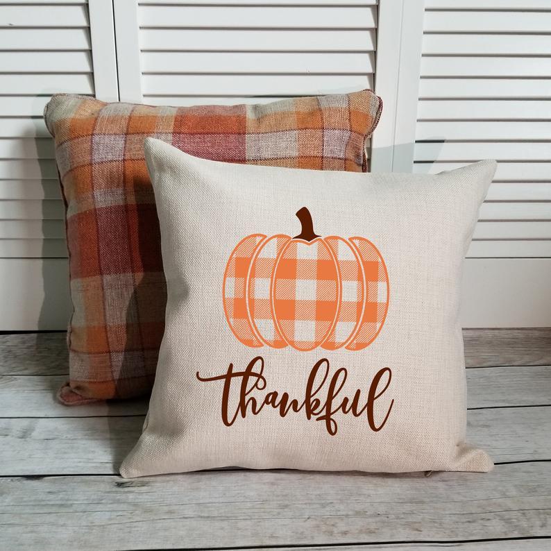 16 Fantastic Handmade Thanksgiving Pillow Designs Your Festive Decor Needs
