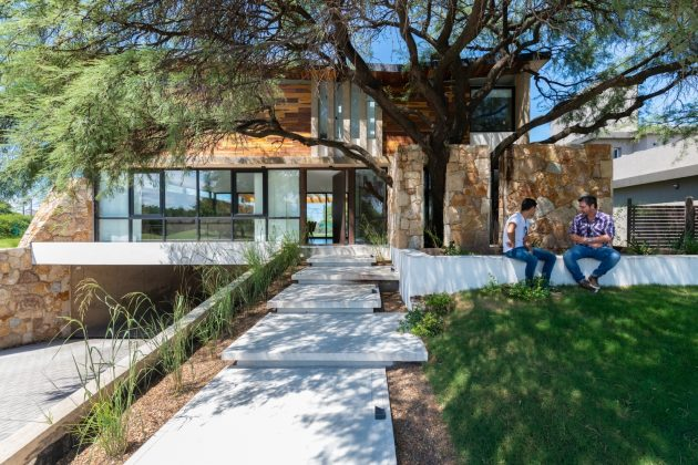 Nagus House by IASE Arquitectos in Cordoba, Argentina