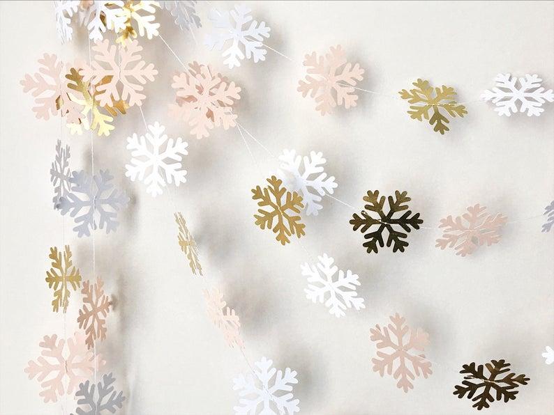 15 Cute Winter Garland Designs To Prepare For The Season
