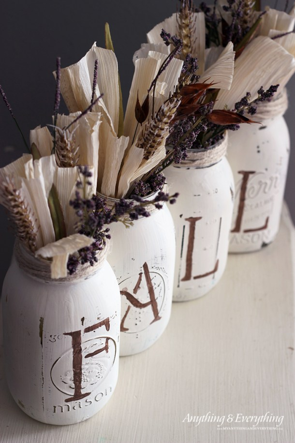 15 Easy DIY Mason Jar Projects You Still Have Time To Craft This Fall