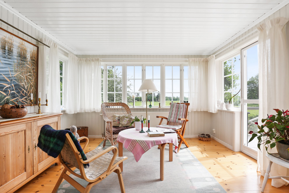 15 Wonderful Scandinavian Sunroom Designs Perfect For Any Weather