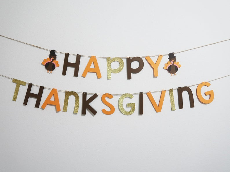 16 Cheerful Thanksgiving Banner Designs For Your Dinner Backdrop