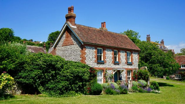 How to Maintain an Older Home for Years to Come