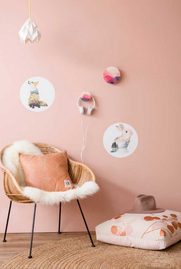 Wall Hook   Tips & How to Use in Decoration