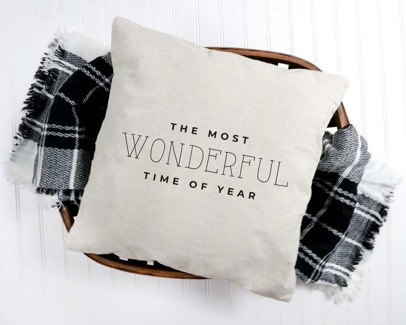 15 Charming Christmas Pillow Designs That Can Make A Beautiful Gift