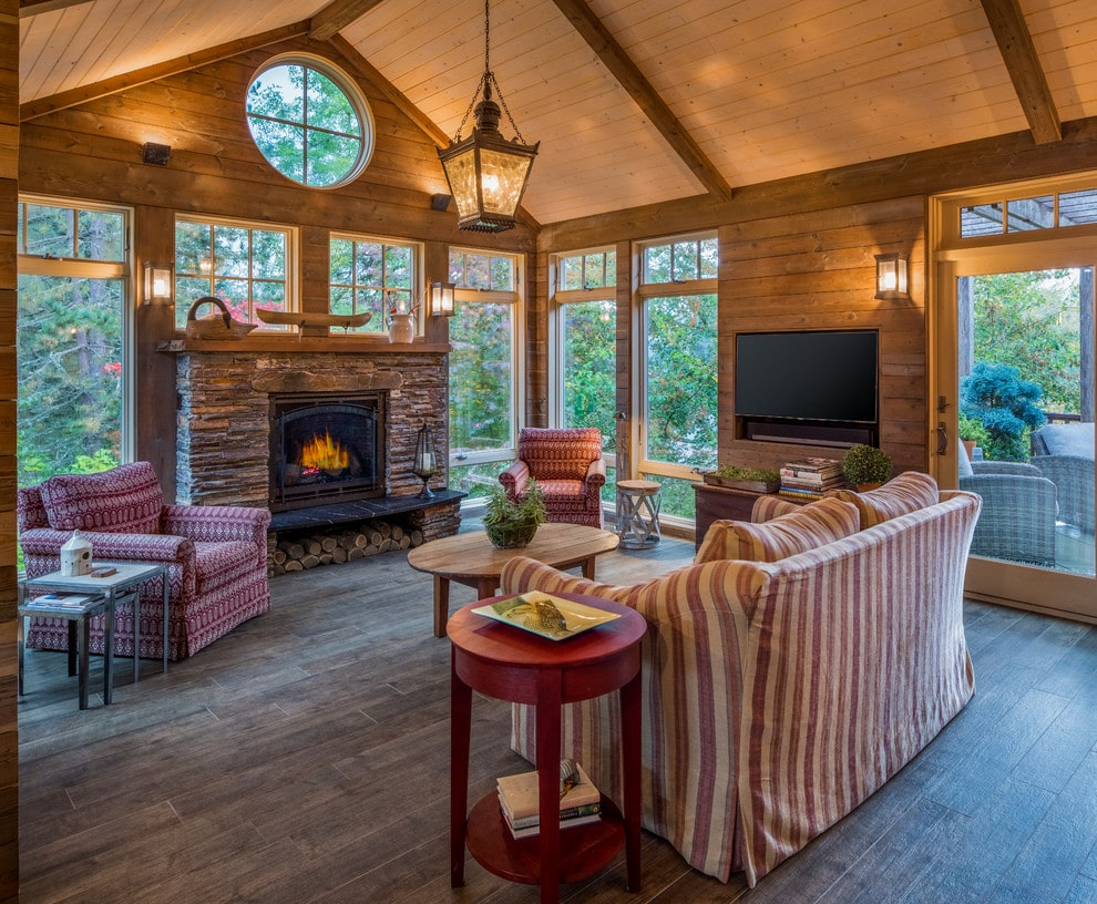 15 Staggering Rustic Sunroom Designs You Would Never Get Tired Of