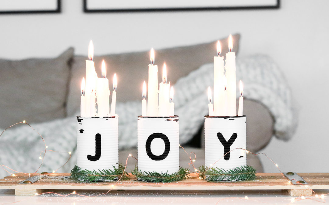 15 Whimsical DIY Christmas Centerpiece Designs To Prepare For