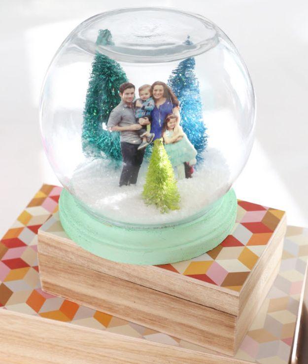 15 Whimsical DIY Snow Globes To Make For The Season