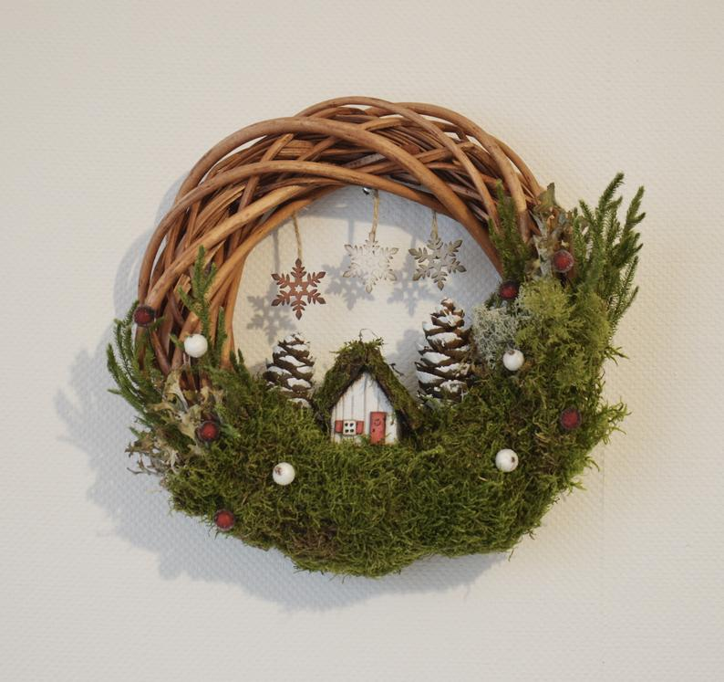 15 Whimsical Winter Wreath Designs For After The Festivities