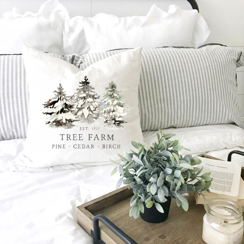 16 Chic Winter Pillow Designs To Mark The Season