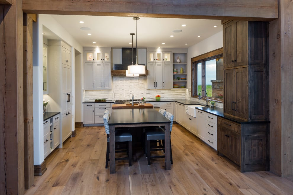 16 Striking Rustic Kitchen Interiors That Will Steal Your Gaze