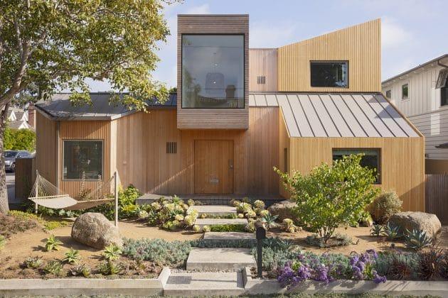 30th Street House by Blue Truck Studio in Manhattan Beach, California