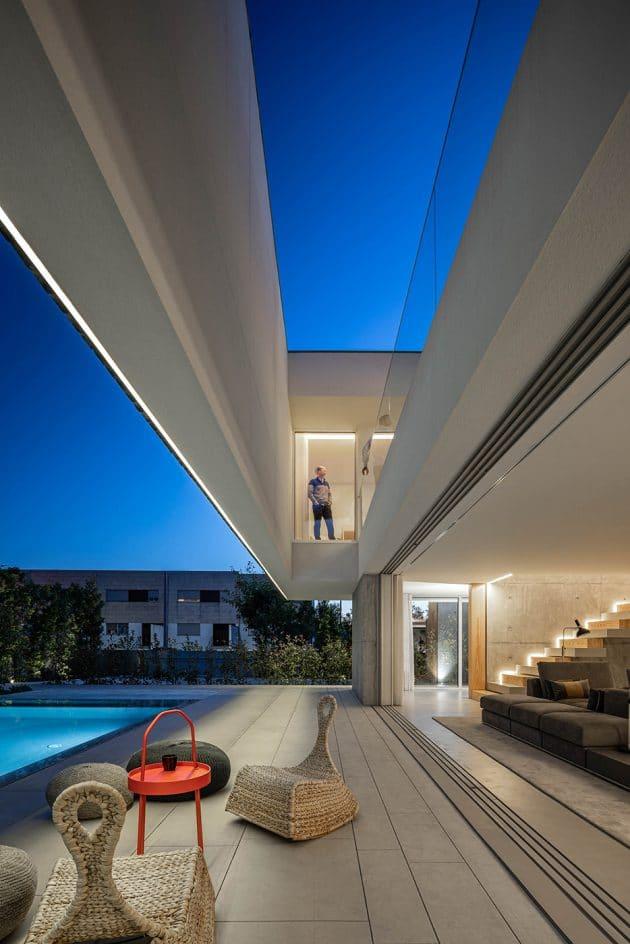 Casa A by REMA in Guimaraes, Portugal