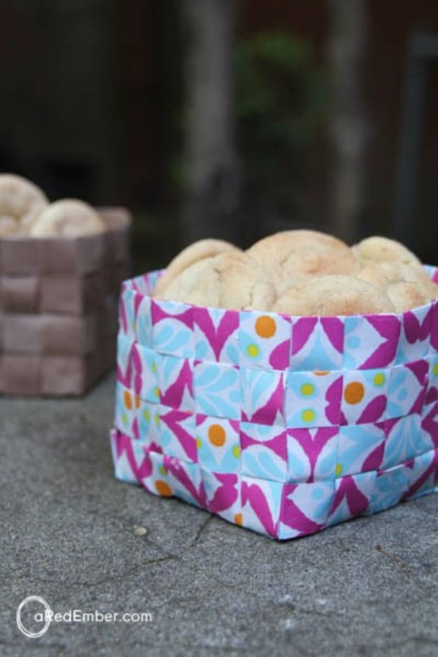 15 Awesome Crafts From Leftover Wrapping Paper