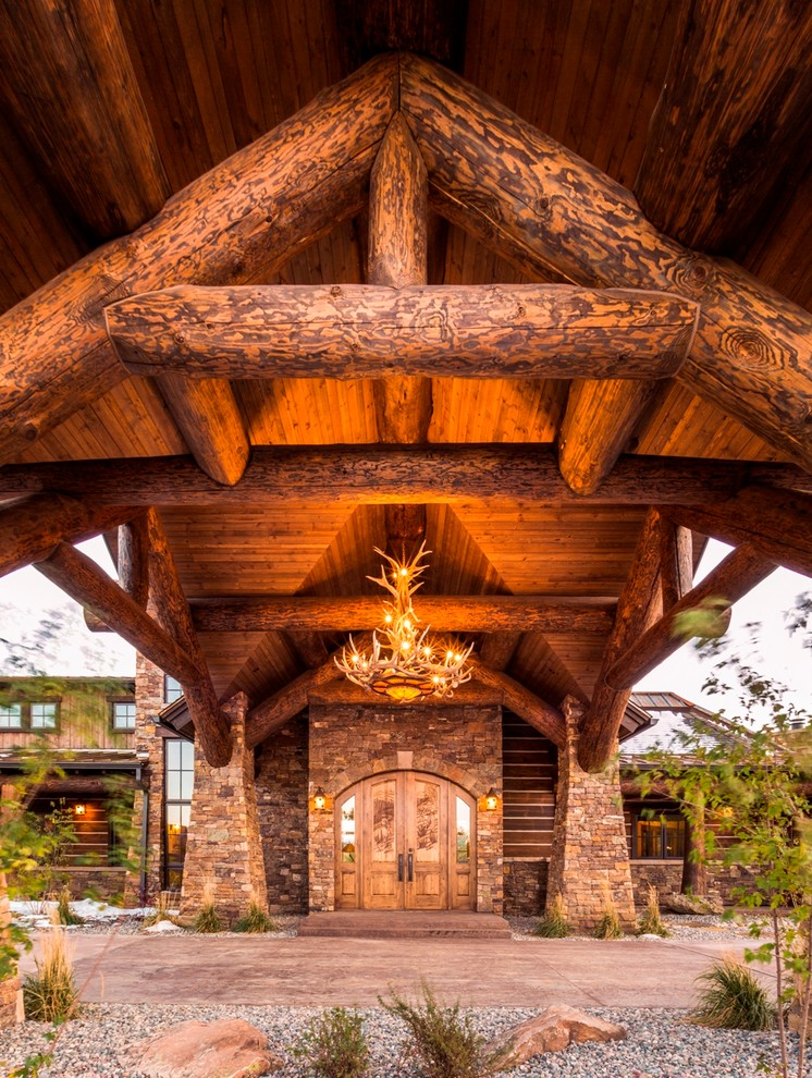 20 Embracing Rustic Entrance Designs You Wouldn't Be Able