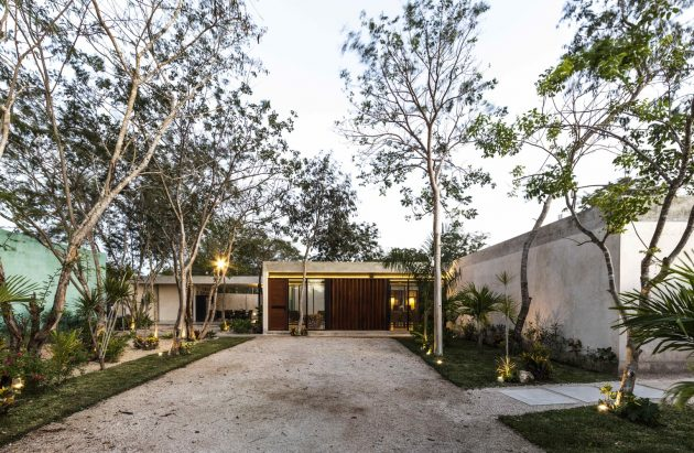 Canto Cholul Residence by Taller Estilo Arquitectura in Mexico