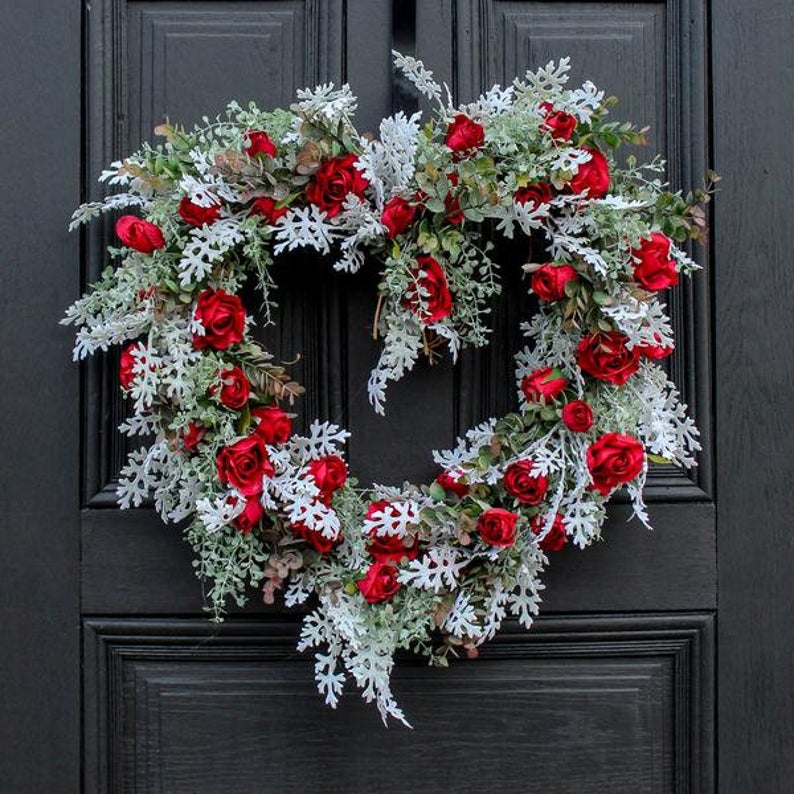 15 Vibrant Floral Valentines Wreath For A Fresh Look