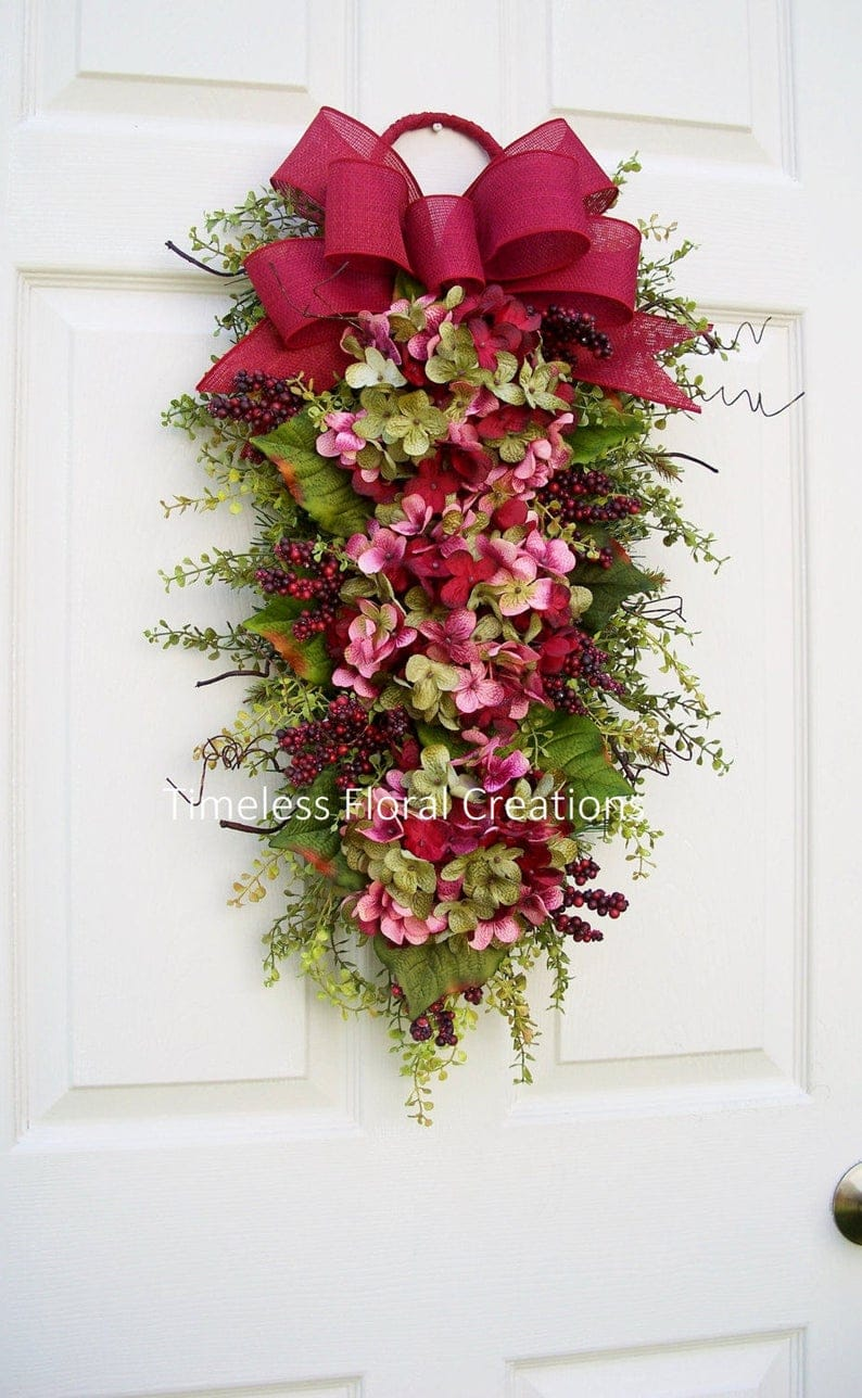 15 Vibrant Floral Valentine's Wreath For A Fresh Look