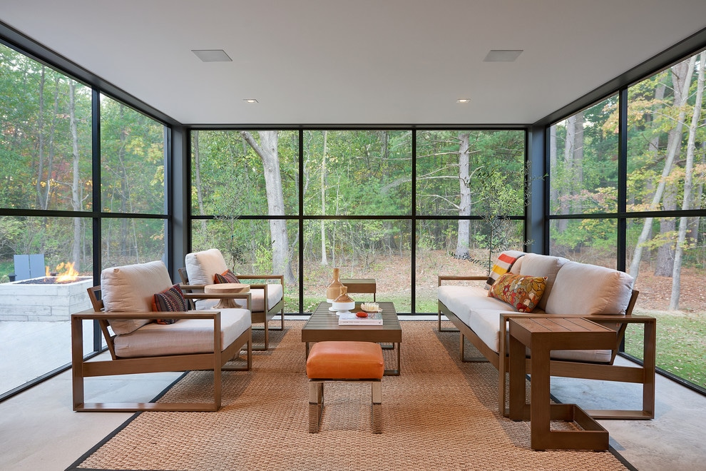 16 Pretty & Bright Modern Sunroom Interiors For Any Season
