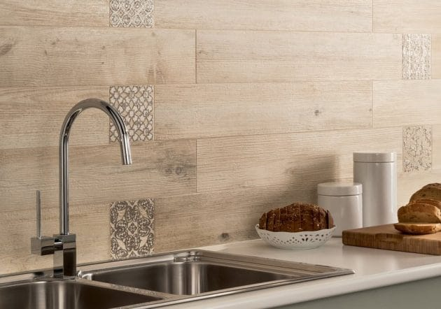 14 Fascinating Backsplash Designs That Are Trendy This Season