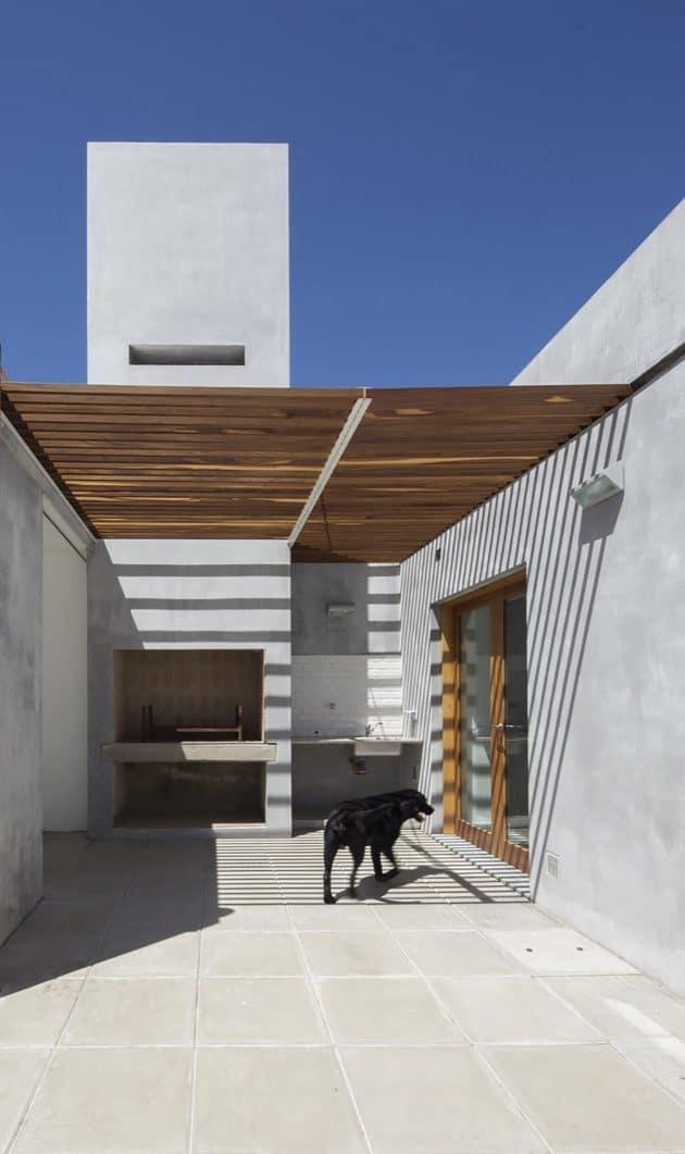 House in La Pampa by Hernan Gastelu in Casilda, Argentina