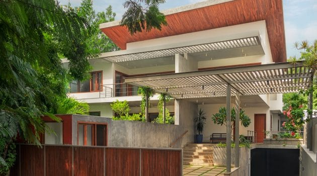Race Course House by Khosla Associates in Coimbatore, India