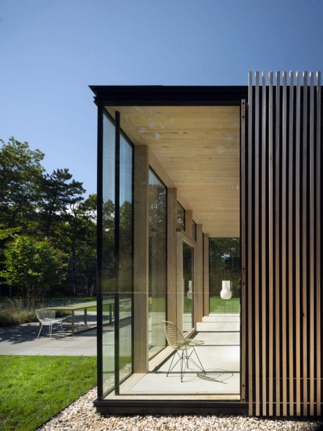 Wuehrer House by Jerome Engelking in Amagansett, New York