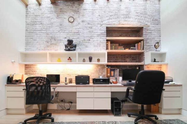 Essential Tips on How to Choose the Perfect White Desk You Want