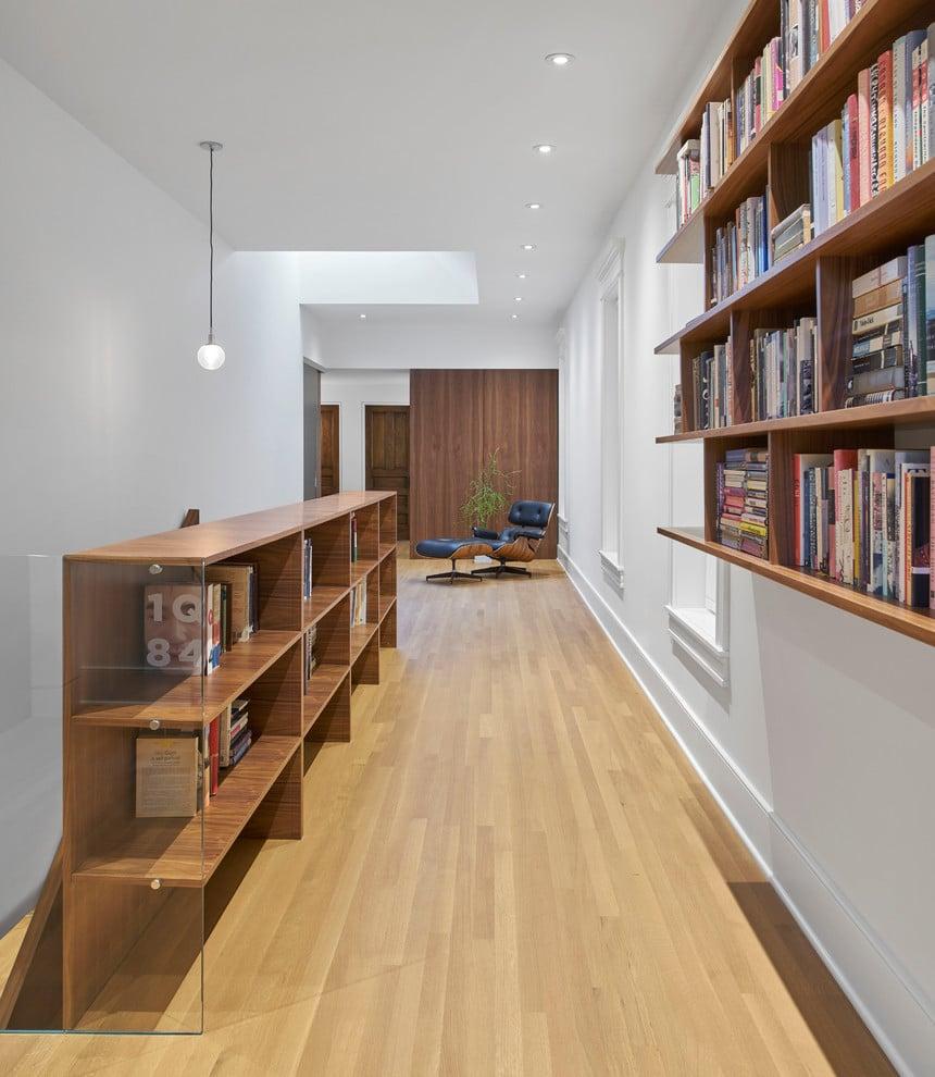 16 Clean & Simple Modern Hallway Designs That Do More Than Their Job