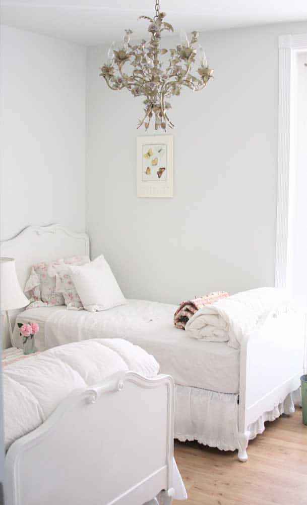 Twin Room: How to Assemble, Decorate + Inspiring Photos