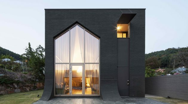 B' House by 100 A Associates in South Korea