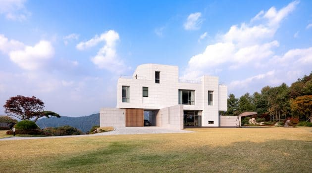 Yeoju Residence by YKH Associates in Yeoju-gun, South Korea