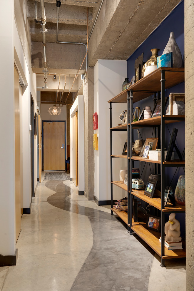 18 Engaging Industrial Hallway Designs For Your Loft