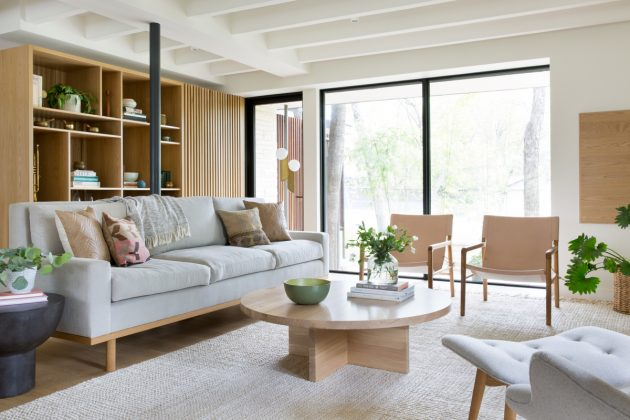 The Most Important Essentials for a Minimalist Living Room