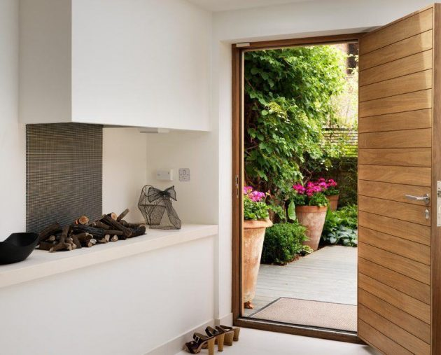 Brilliant Entrance Door Models You Will Want Now for Your Home