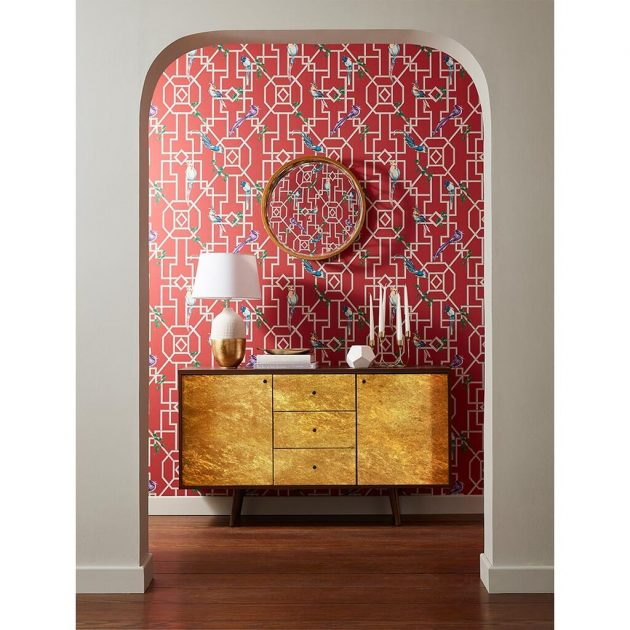 6 Patterned Wallpapers to Decorate the Entrance