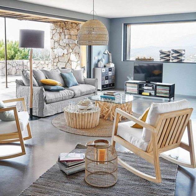 Are You Interested in Seaside Atmosphere in the Living Room?