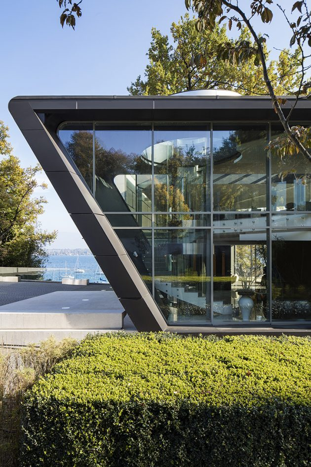 Lake House, a family home on the banks of Lake Geneva, Switzerland