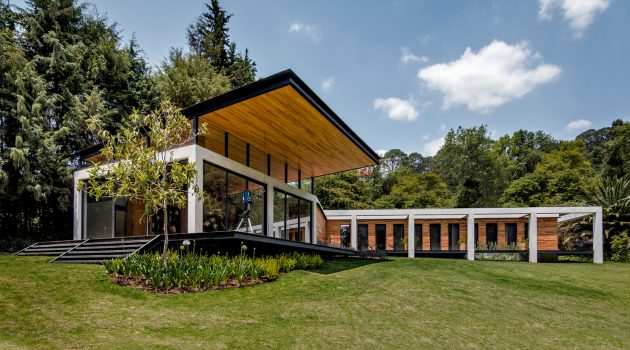 SP Residence by Weber Arquitectos in Valle de Bravo, Mexico