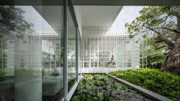 Shade House by Ayutt and Associates Design in Thailand