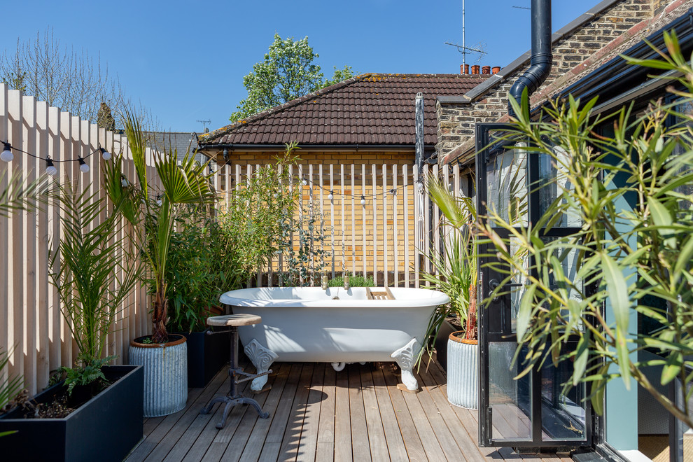 17 Awesome Industrial Deck Designs Just In Time For The Spring Weather